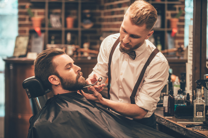 """Donne e barbe: il tradimento non corre sul filo del """"rasoio"""""""
