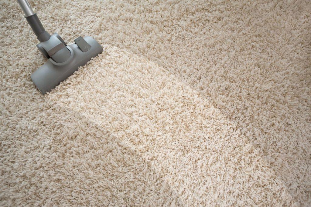 Pulire il tappeto dalle macchie più ostinate