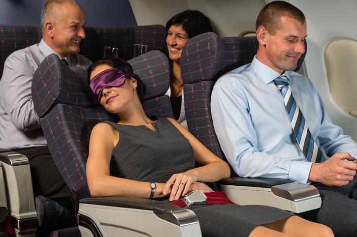 Etichetta di bordo: cosa fare se il vicino dorme?