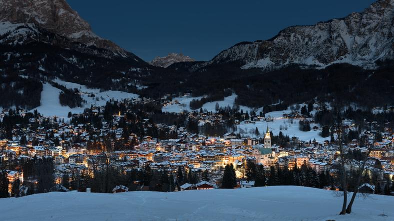Cortina d'Ampezzo, scelta da molti per le vacanze natalizie