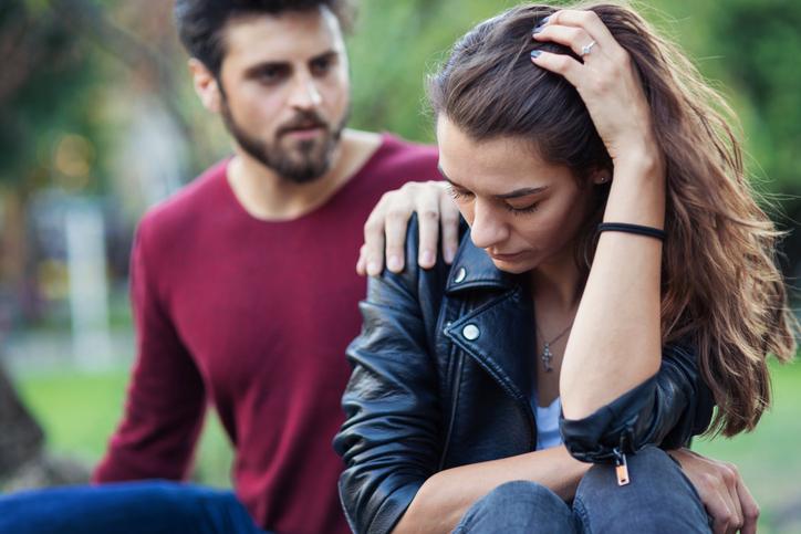 Coppia infelice, empatia, crisi, amore