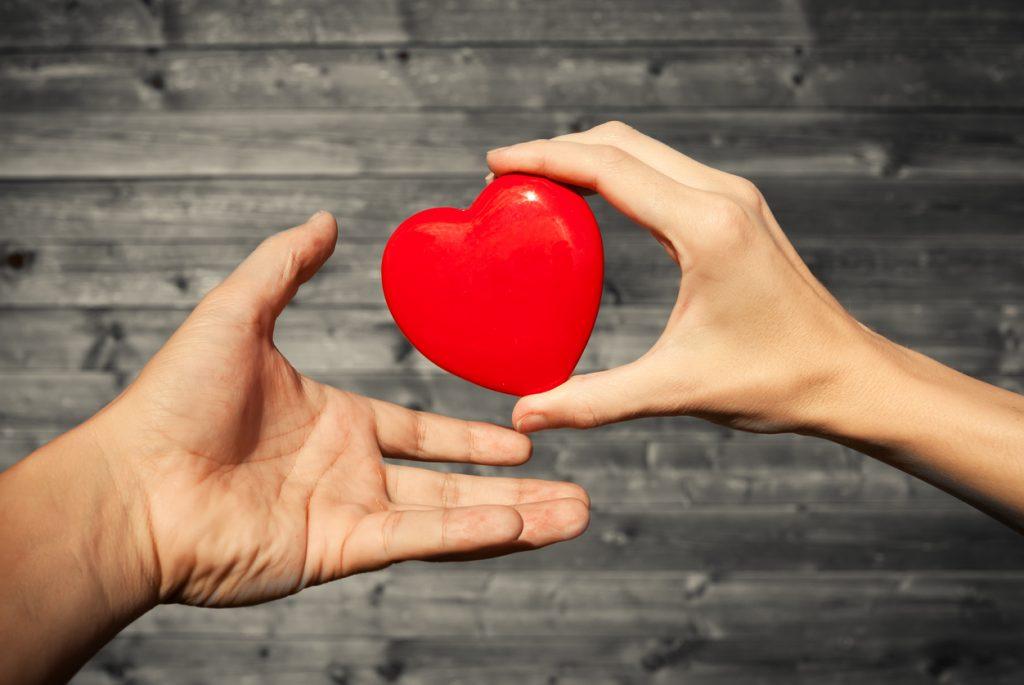 Impegno alla base dell'amore e della cura dei figli