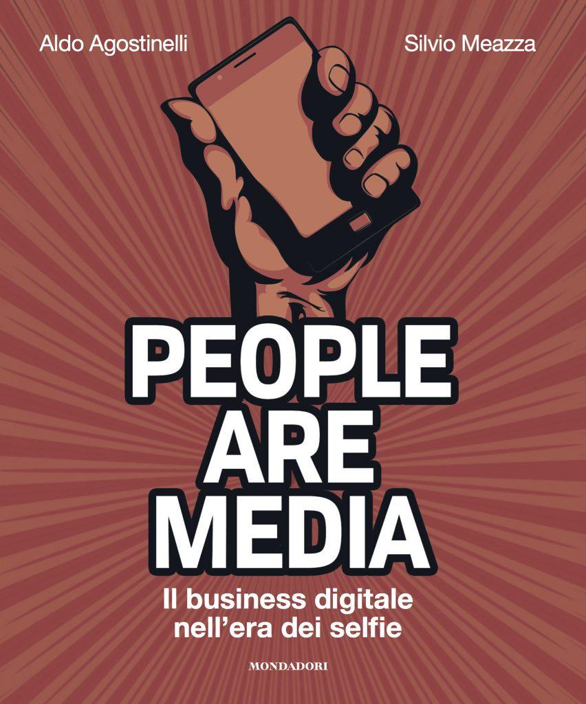Like e selfie: i perché di certi comportamenti nel libro People are media