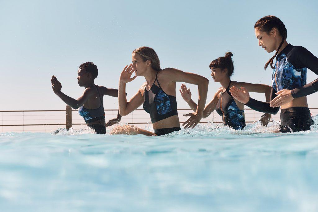 Swimwear, tecnicismi e stile per gli sport acquatici