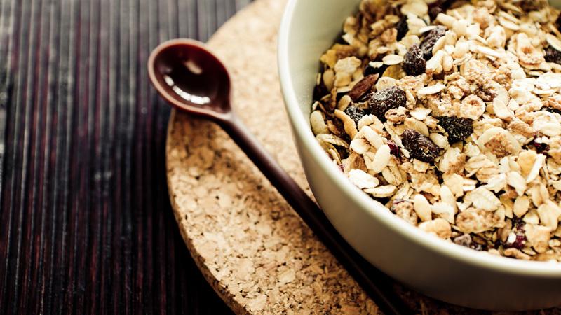 Mangiare muesli a colazione aiuta a scongiurare l'artrite