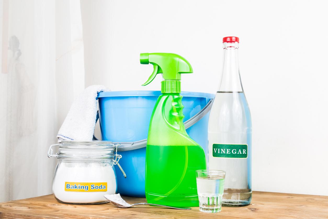 Pulire Ottone In Modo Naturale detergenti fai da te: per pulire basta aprire la dispensa