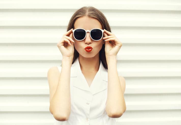 Suggerimenti per prendersi cura degli occhiali da sole