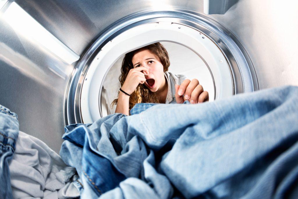 Elettrodomestici per pulire che hanno bisogno di pulizia