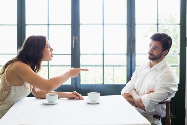 confronto e litigio in coppia