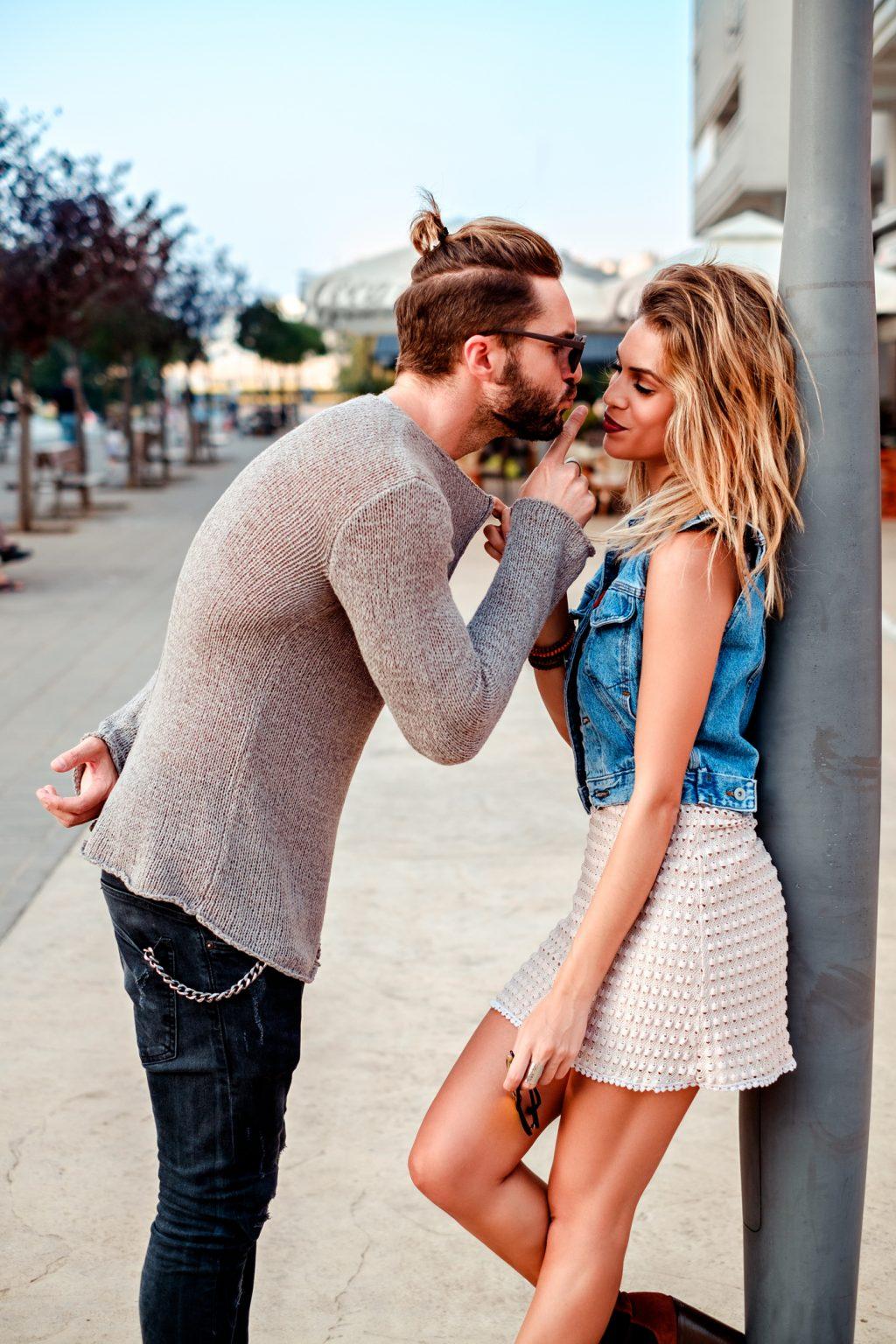 Sex appeal maschile: un bullo può essere attraente?