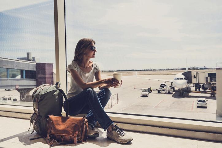Caffè prima di un volo aereo