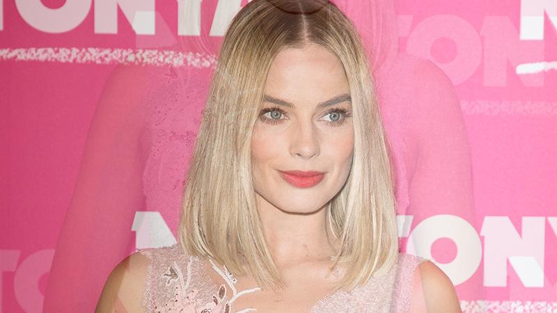 Margot Robbie conquista Parigi con un red carpet fiabesco