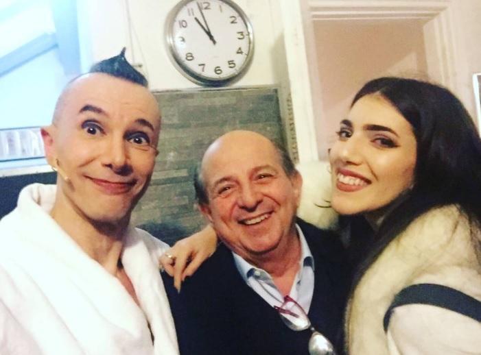 Arturo Brachetti con Giancarlo Magalli e figlia