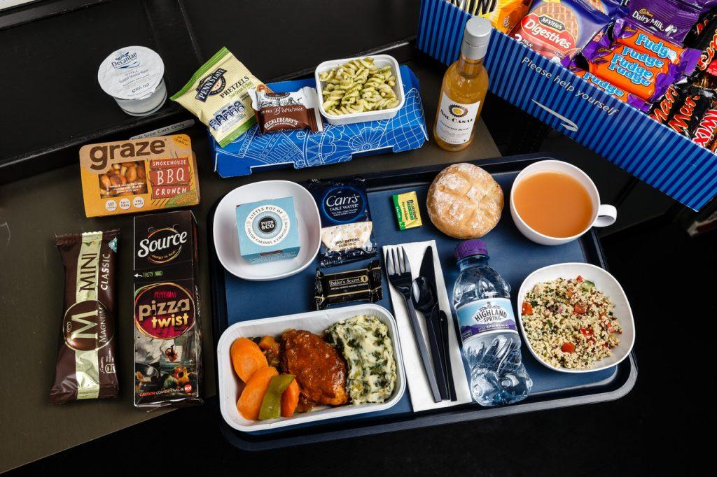 Abitudini degli italiani: mangiare a bordo