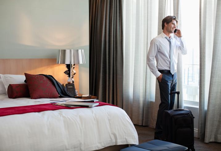 Viaggiatori d'affari italiani sempre più autonomi