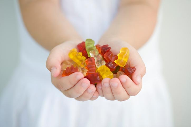 Ridurre lo zucchero nella dieta dei bambini: consigli