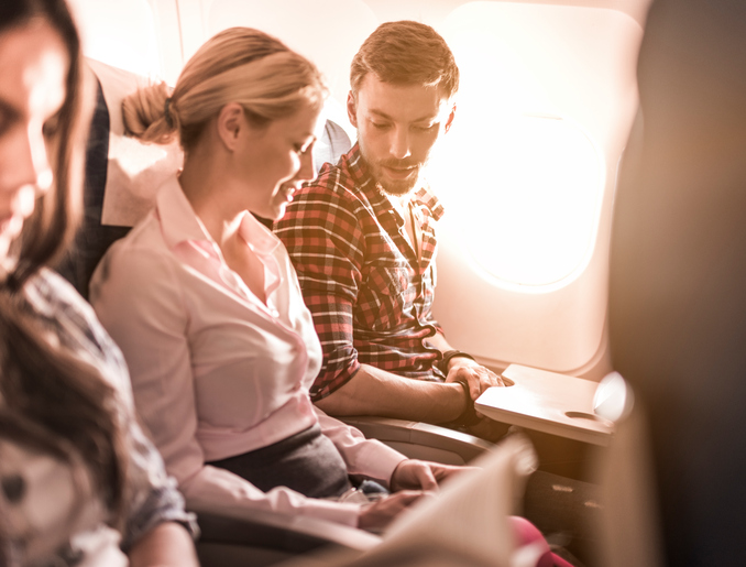 comportamenti da tenere in aereo