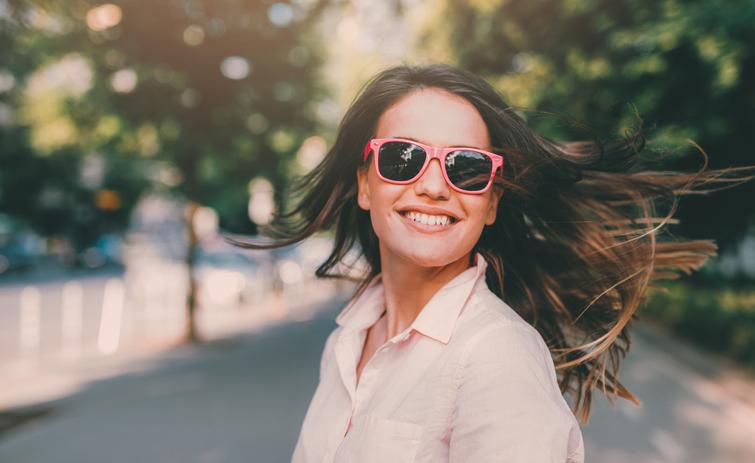 Pink eyewear, il mondo si tinge di rosa