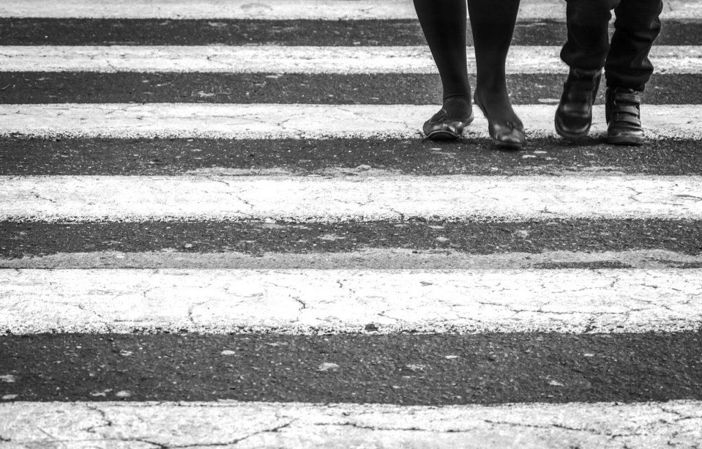 Camminare sul catrame