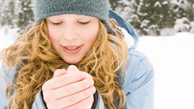 Mani fredde, è colpa della scarsa massa muscolare