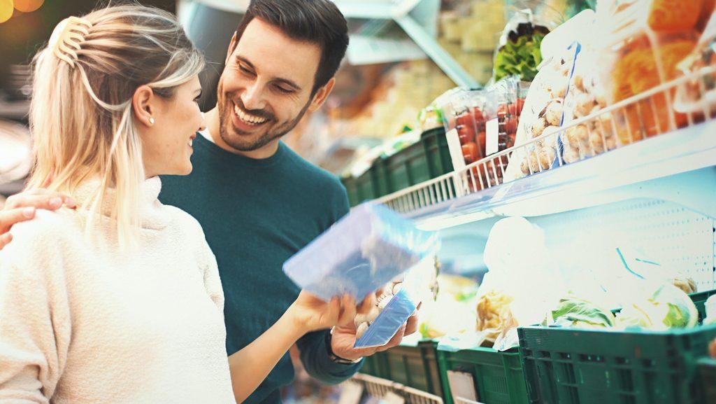 consumatori al supermercato