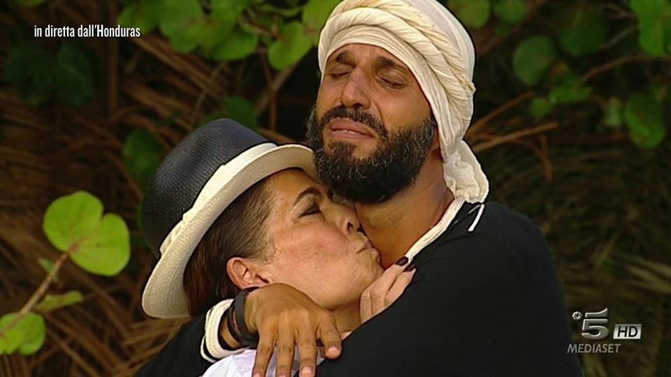 Isola, le lacrime di Jonathan e lo scontro Marini-Cipriani