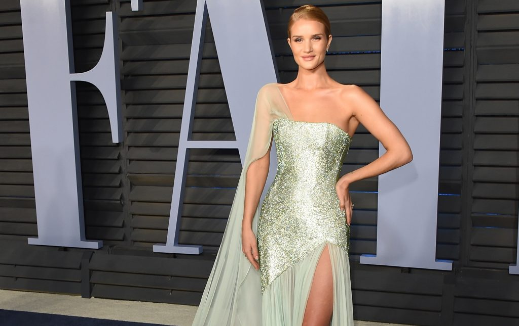 Rosie Huntington-Whiteley, una fata agli Oscar