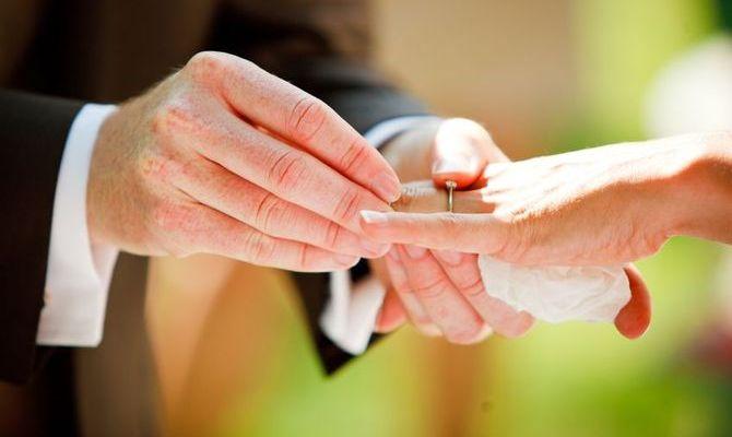 Il matrimonio dura più a lungo se gli sposi sono giovani