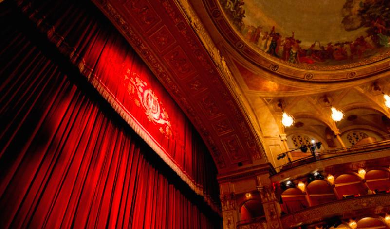 Cinema, mostre, teatri. I consumi culturali degli italiani