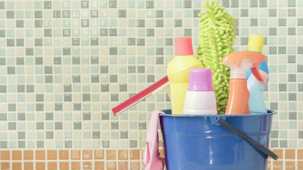 scadenza dei prodotti per la pulizia della casa