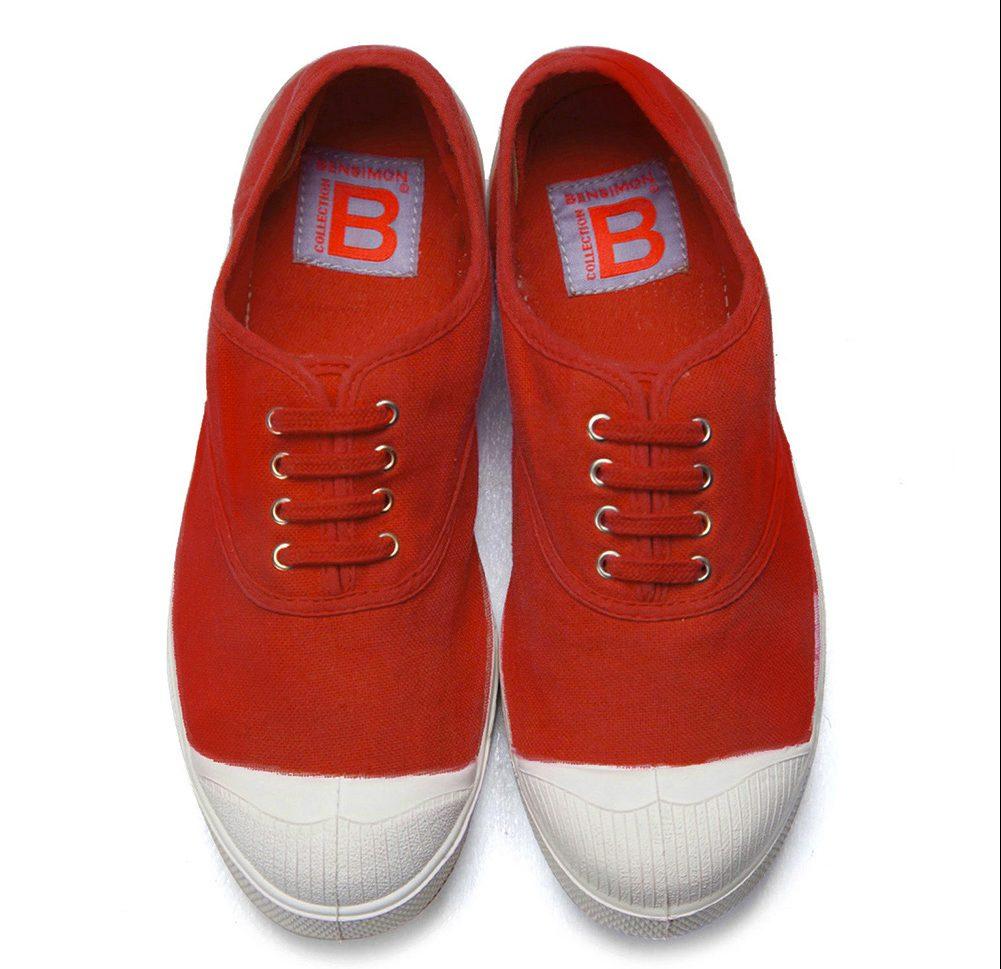 Sneaker in tela, essenziali e un pò retrò