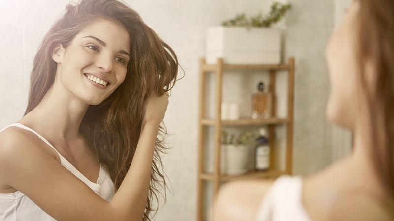 Le regole d'oro per capelli puliti più a lungo