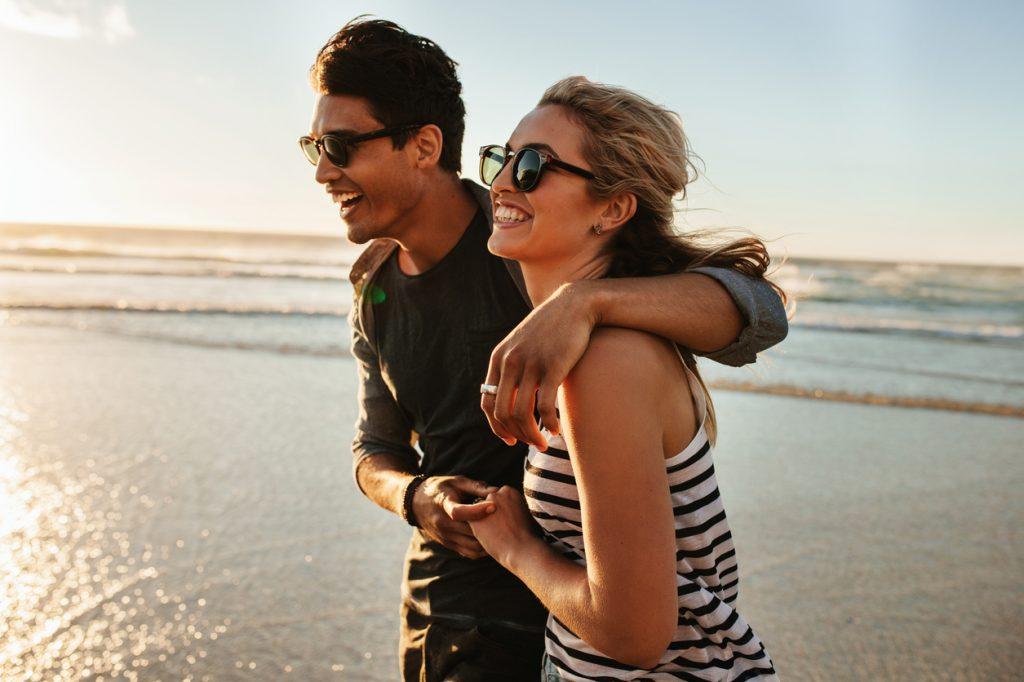Il matrimonio rende felici? Dipende dal reddito