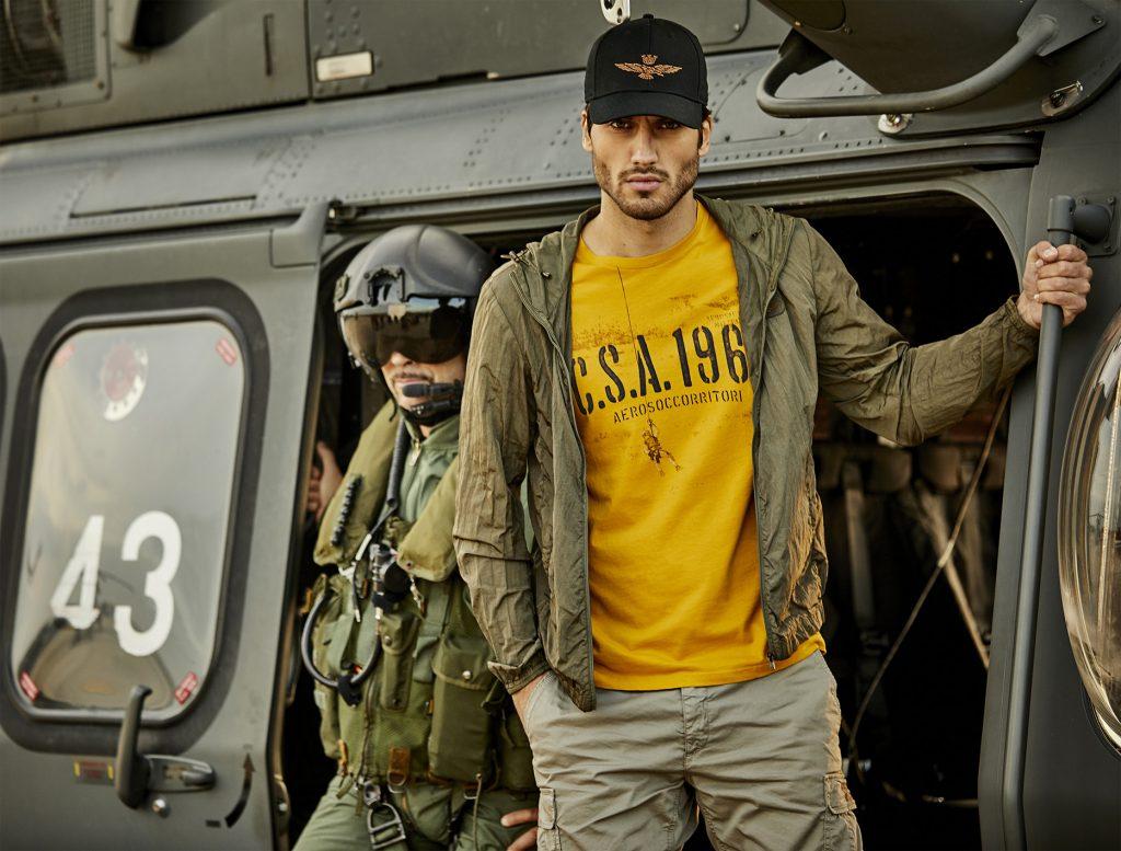 Ufficiale e gentiluomo, la moda ispirata al mondo militare