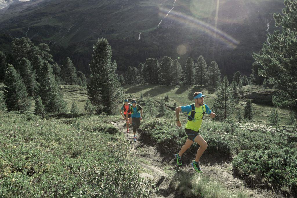 Correre o camminare in montagna, questione di scarpe