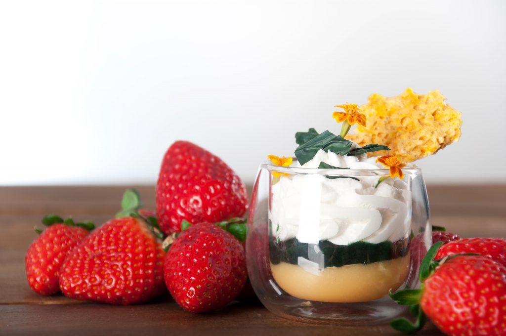Ricetta Spirulino: crema pasticcera, meringhe e spirulina