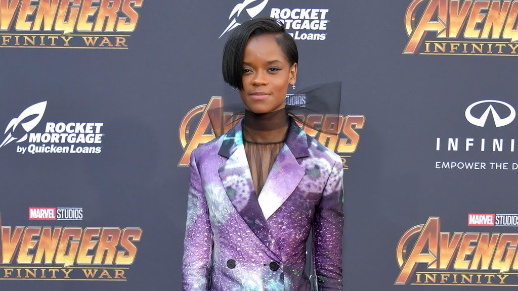 Letitia Wright, abito stellare sul red carpet