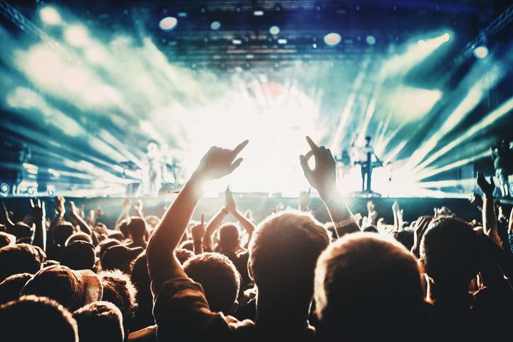 Viaggiare per partecipare a concerti