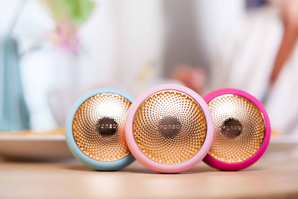 Ufo, smart mask by Foreo