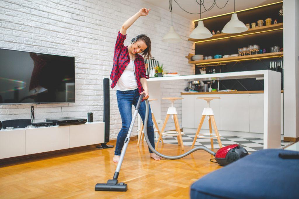 Trucchi e consigli utili per avere case pulite e scintillanti
