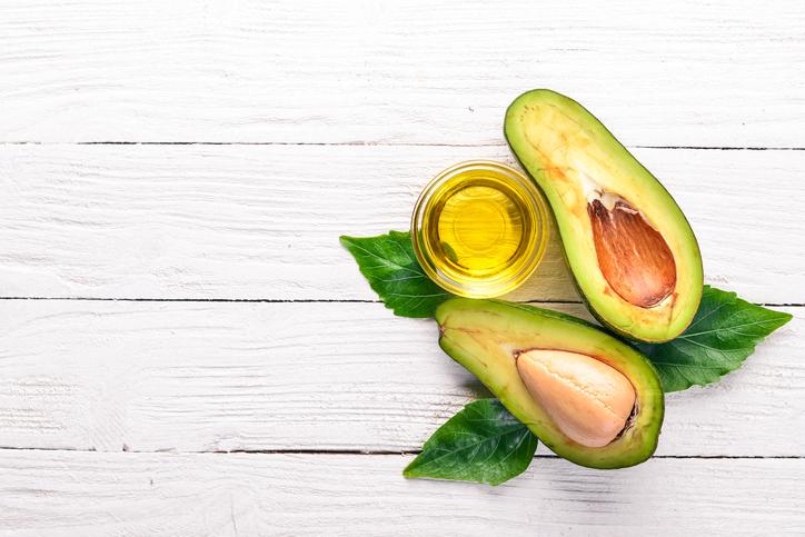 Olio di avocado per la bellezza di pelle e capelli