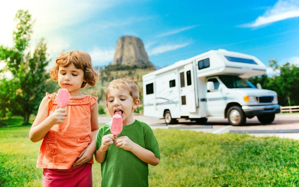 Consigli per un viaggio in camper con i bambini