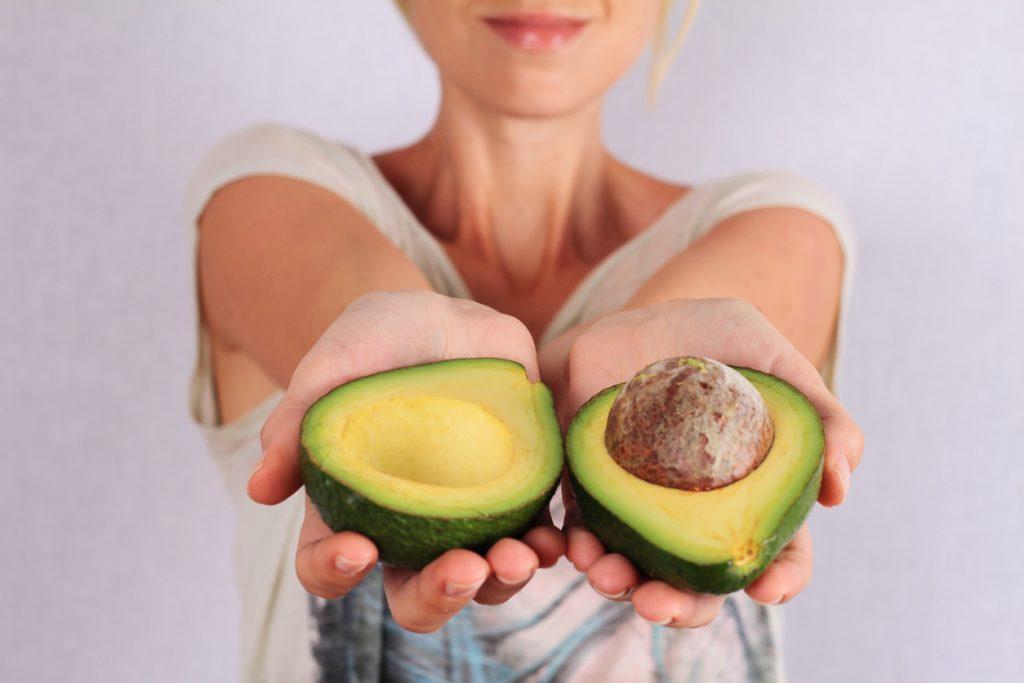 mangiare avocado