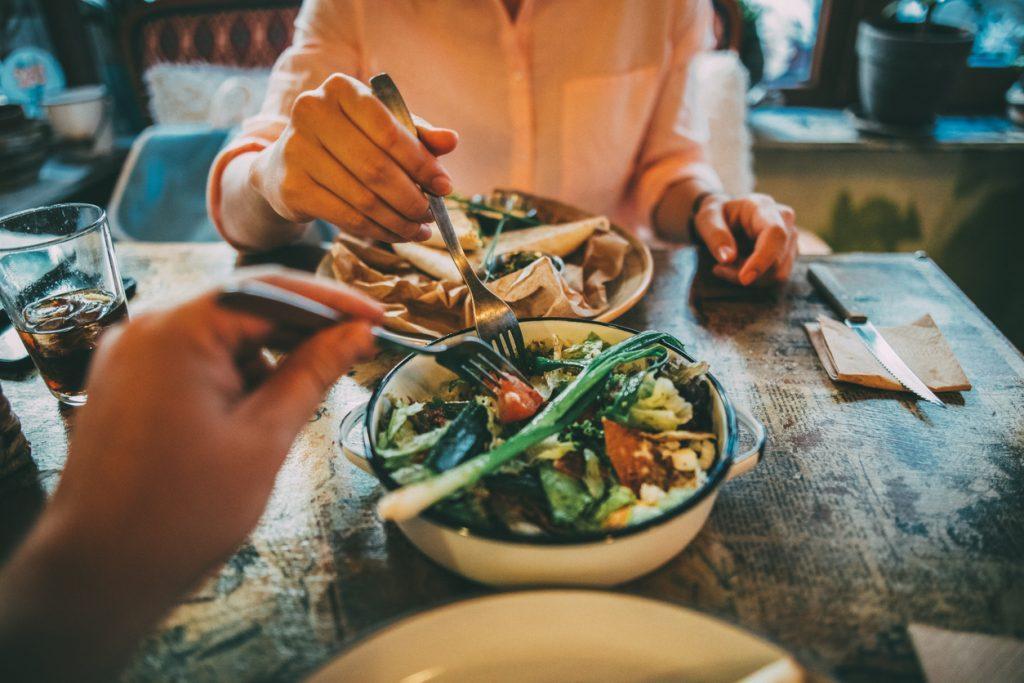 Verdure cotte o crude? L'importante è mangiarle
