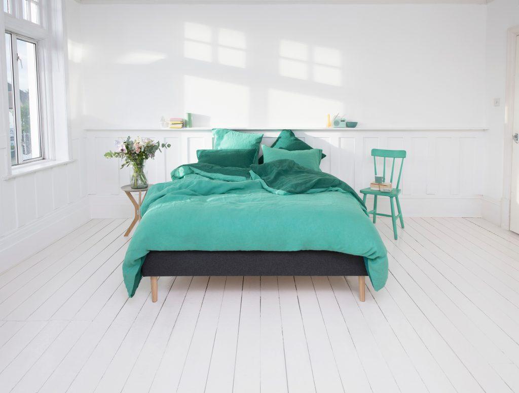 Camere Da Letto Verde Tiffany : Cameretta a righe so chic webby wonder