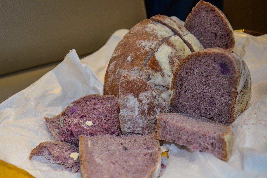 Il pane diventa viola (e sano)