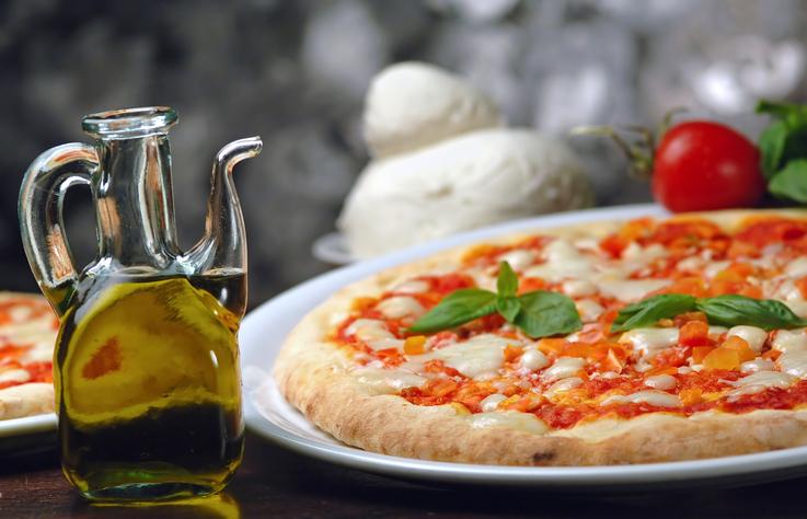 La pizza napoletana è tra i piatti preferiti dei gastronauti
