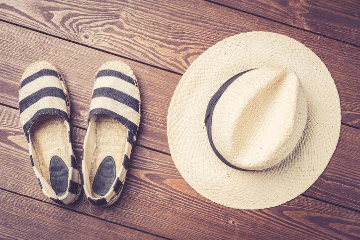 Le espadrillas ai piedi di un'estate che non finisce mai
