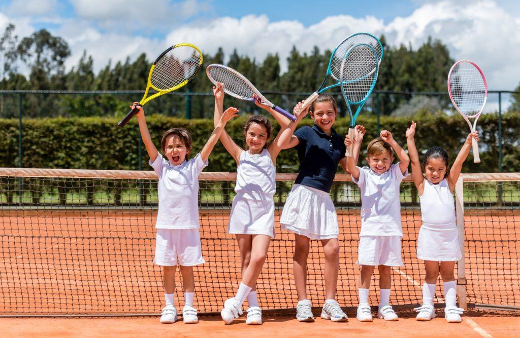 Tennis per tutti e tutte le età, come stare in forma
