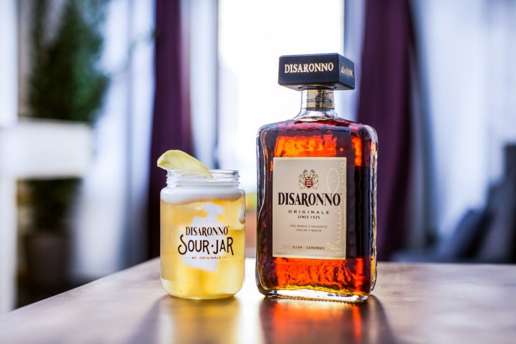 Disaronno sour, cocktail